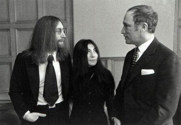 John Lennon Yoko Ono Give Peace A Chance